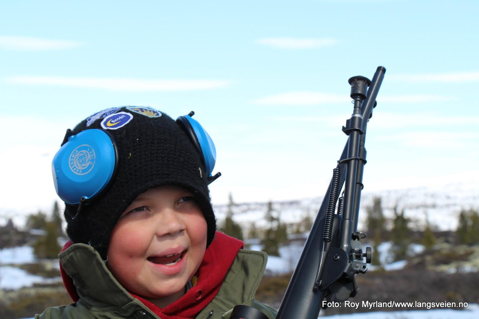 Jonny-Alexander Nrestad Skaterudstølen skytter jakt jeger foto roy myrland