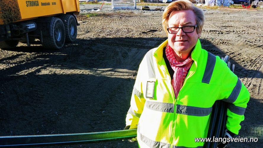 Arne Nerhus, Stavern.  -Bygger marina, slipp, bobilparkering og bobilhotell.